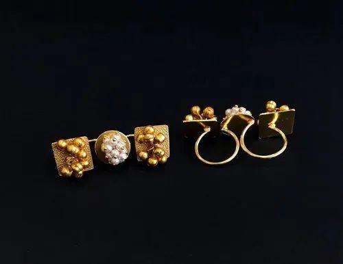 Statement Golden Finger Rings
