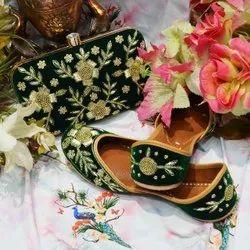 Flower Designer Punjabi Jutti