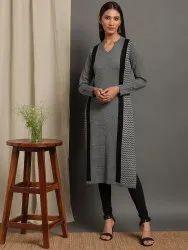 Janasya Women's Grey Woolen Kurta(J0288)