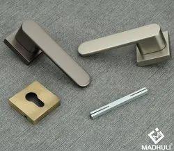 Heavy Zinc Round And Square Rosette Door Lever Lock Handle-56