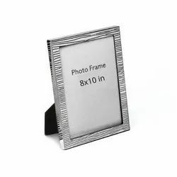 Gripping Steep Line Adorned Silver Photo Frame, Size-8x10
