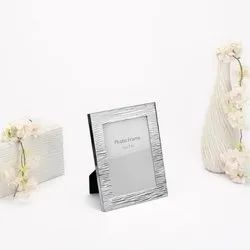 Fluted Facet Finish Silver Photo Frame, Size-5x7