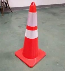 Triangle Red 3 Kg Traffic Cone With Ring