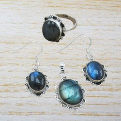 Beautiful Labradorite Gemstone Sterling Silver Jewelry Set