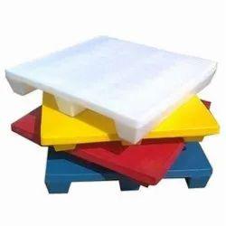Plain Top Plastic Pallets