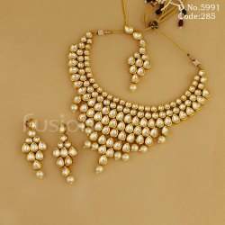 Meena Kundan Necklace Set