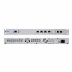 Wireless or Wi-Fi 2 x Gigabit Ubiquiti Networks USG-PRO-4 Enterprise Gateway Router