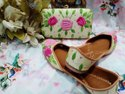 Party Wear & Bridal Punjabi Jutti Marjanta Color With Maching Clutch With Green Flower Work