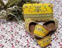 Ethnic Punjabi Jutti With Matching Clutch With Handwork