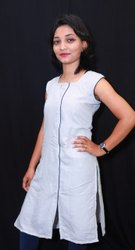 Casual Wear Ladies Fancy Cotton Kurti, Wash Care: Handwash