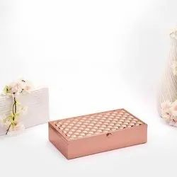 Frothed Rose Gold Invigorating Box (Medium)