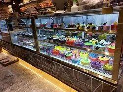 Cake & Pastry Displays
