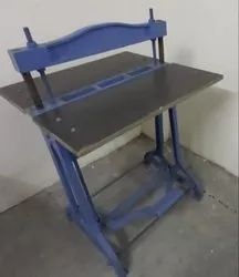 Foot Operated Spiral Binding Machine, Size/dimension: 18