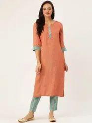 Jaipur Kurti Women Rust & Green Woven Design Straight Cotton Blend Kurta With Pants