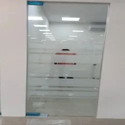 Hinged Transparent Office Glass Door, Thickness: 5mm