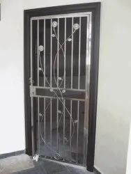 Silver Polished Stainless Steel Entrance Door, Single, Material Grade: SS304