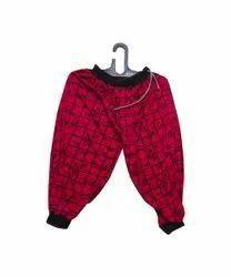 Red Ladies Printed Capri, Size: XXL