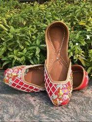 Punjabi Leaf Design Jutti