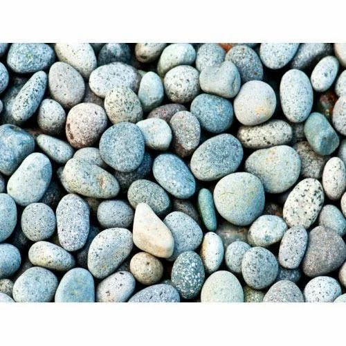 Oval Matte Natural Pebble Stone, For Landscaping, Dimensions: 22 Mm