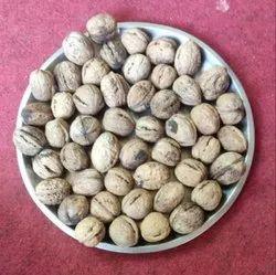 Kashmiri Hard Shelled Walnuts, Packaging Size: 10 Kg