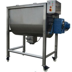 Powder mixing vessel