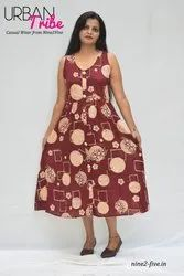 Nine2five Maroon Printed Rayon Cotton Midi Dress. Two Side Pockets With Fabric Buttons