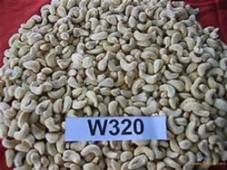 Raw White Cashew W320, Packaging Size: 1 kg