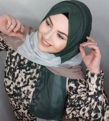 Women Printed Hijab Scarf Stole