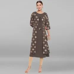 Janasya Women's Olive Green Poly Crepe Kurta With Attached Jacket(JNE3483)