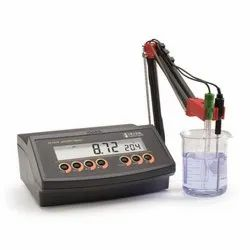 Hanna Bench PH Meter, For Laboratory, Model Name/Number: HI2210