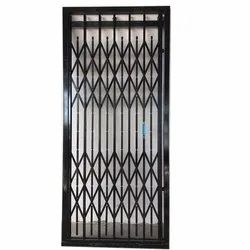 Mild Steel MS Elevator Collapsible Gate, For Commercial