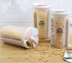 Plastic Storage Container For Kitchen 4 Sections Air Tight Transparent Food