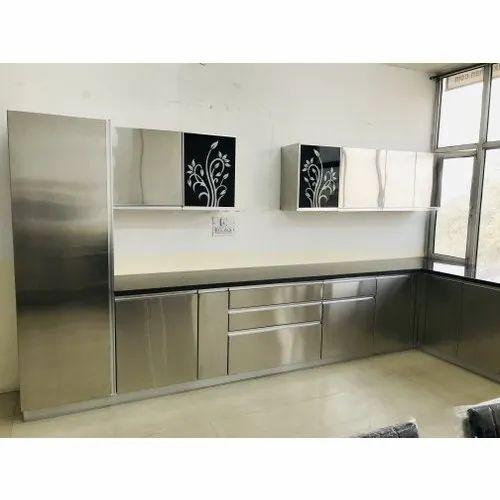 Chrome Finish Ss Modular Kitchen