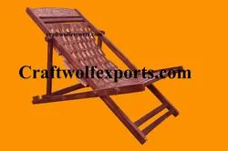 Woodcraft Exports 61x91cm, 84 Cm (height) Wooden Folding Relax Chair, Finish: Polished