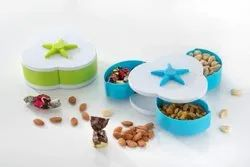 3 Compartments Flower Petals Rotating Plastic Tray Candy Box, 1-Piece