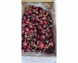 Red A Grade Fresh Organic Cherries, Packaging Type: Carton, Packaging Size: 5 Kg