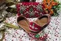 Partywear &Bridal Punjabi Jutti Marjanta Color With Maching Clutch With Green Flower Work