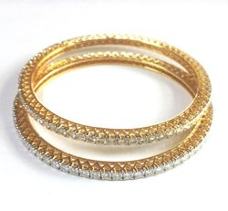 6.5 Ctw. Moissanite Diamond Single Line Bangle In 18k Yellow Gold