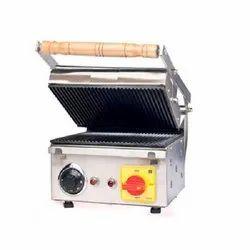 Stainless Steel Commercial Sandwich Griller, Number Of Slices: 4, Model Name/Number: Md : 161-i
