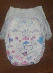 JOY & CARE Nonwoven DISPOSABLE BABY DIAPER, Size: Medium, Age Group: 3-12 Months