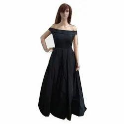 Plain Women Black Off Shoulder Gown, Size: Large