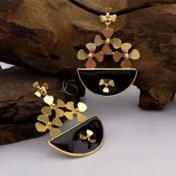 Gold Plated Flower Design Earring Black Enamel Jewelry Party Wear Earring Luxury Earring
