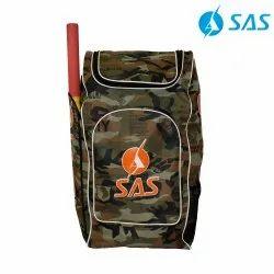 Deluxe Cricket Kit Bag - Senior