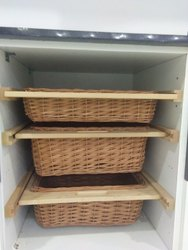 Brown Ken Wicker Baskets with Wooden Runner, For Kitchen, Size: 320x500x120 Mm