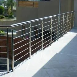 Silver Polished Stainless Steel Balcony Railing, For Home, Mounting Type: Floor
