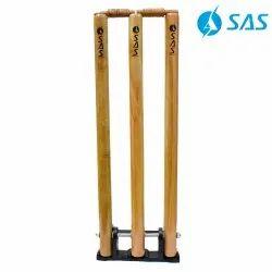 Cricket Wooden Spring Back Stump Set