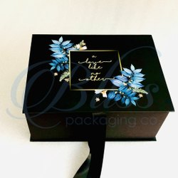 Fancy Printed Cardboard Gift Packaging Box With Ribbon