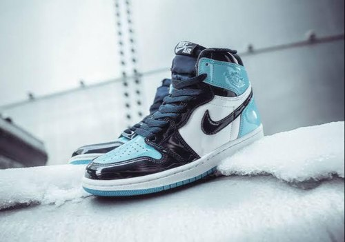 camuflaje transmitir Todo el tiempo  Men Nike Jordan Retro 1 x High Obsidian Patent, Size: 40 To 45, Rs 3199  /pair | ID: 22526991788