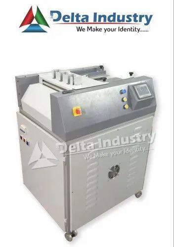 DCT 4500 Fully Automatic PVC ID Card Cutting Machine
