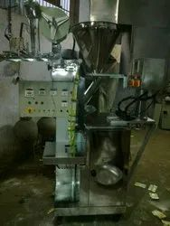 Laminated Auger Base Pneumatic Chilly Powder Packing Machine, Packaging Type: Center Seal, Capacity: 500-1000 pouch per hour